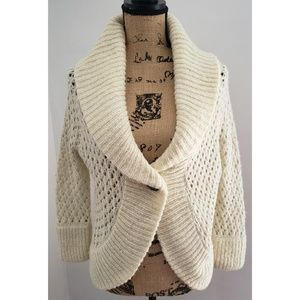 NWOT URBAN OUTFITTERS LUX CREAM SPARKLE CARDIGAN
